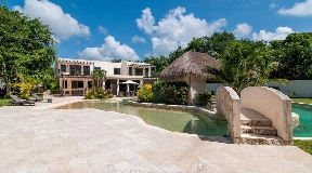 Lujosa casa de vacaciones en Rancho Santa Teresita Xpu Ha en venta