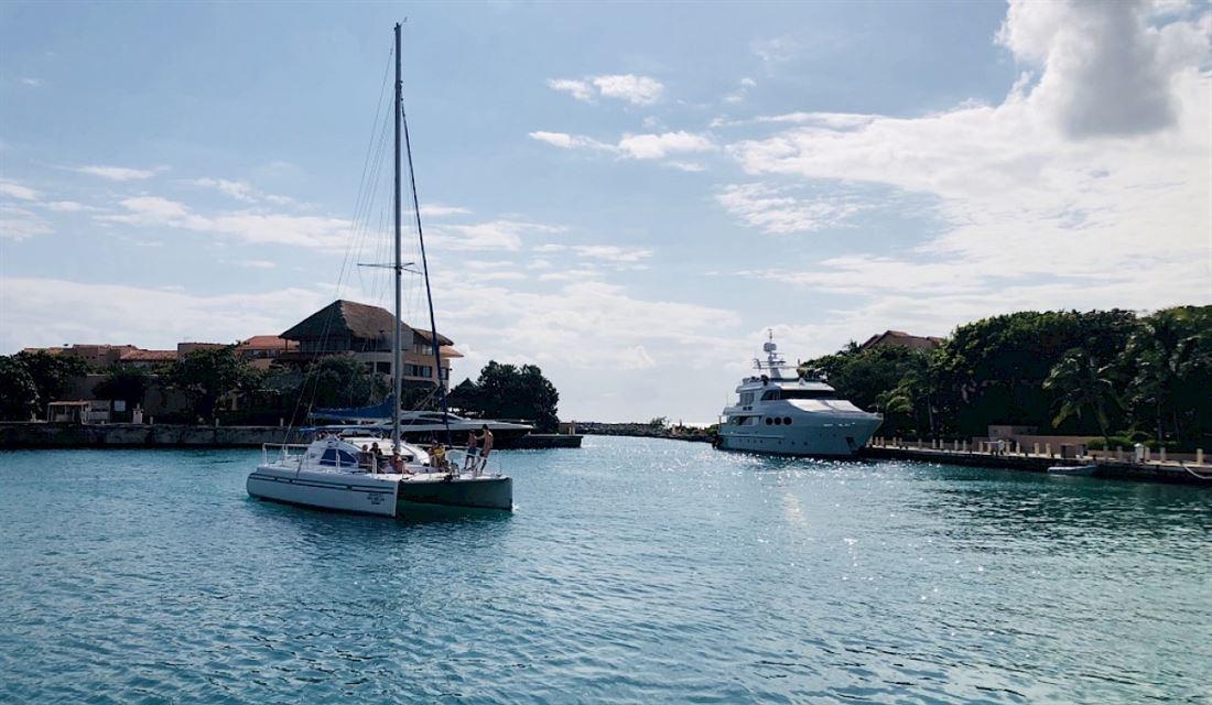 Lote de condominio en primera línea para la venta en Puerto Aventuras